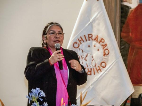 Lideresa indígena recibe premio por Día de la Mujer