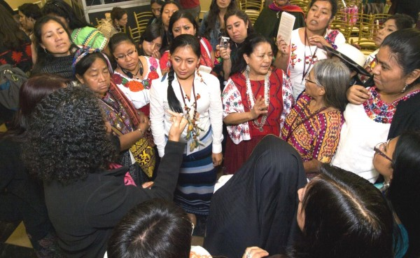 Indigenous women of the world warn that they will give their lives to defend their lands