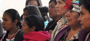 Mujeres indígenas son esenciales para el desarrollo económico