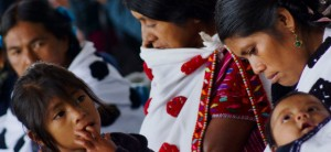 Promueven participación de las mujeres indígenas en los servicios de salud